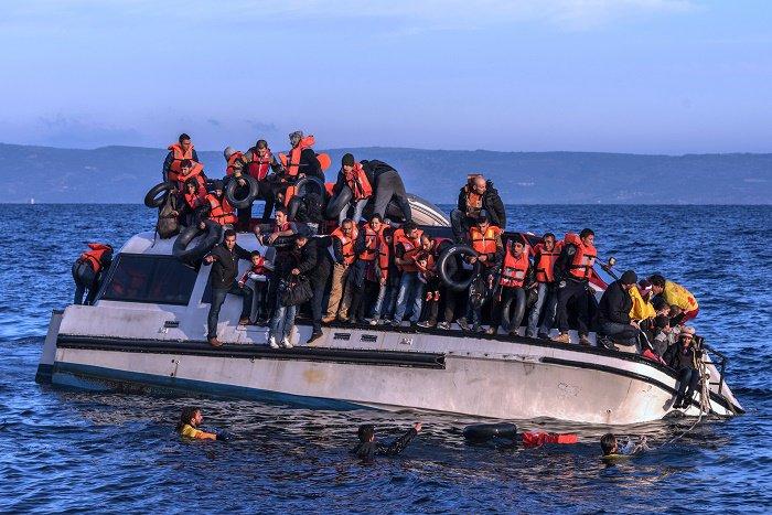 refugeesLesbos